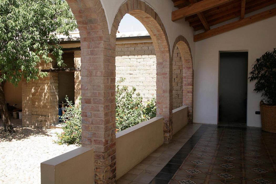 Casa di abitazione in terra cruda a serramanna for Case ristrutturate immagini